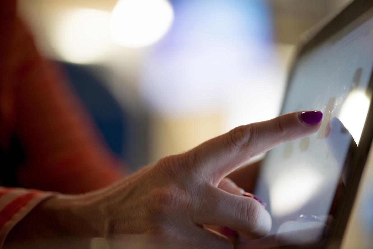 Webデザイナーvsプログラマー将来性があるのはどっち?年収や仕事の違いを解説
