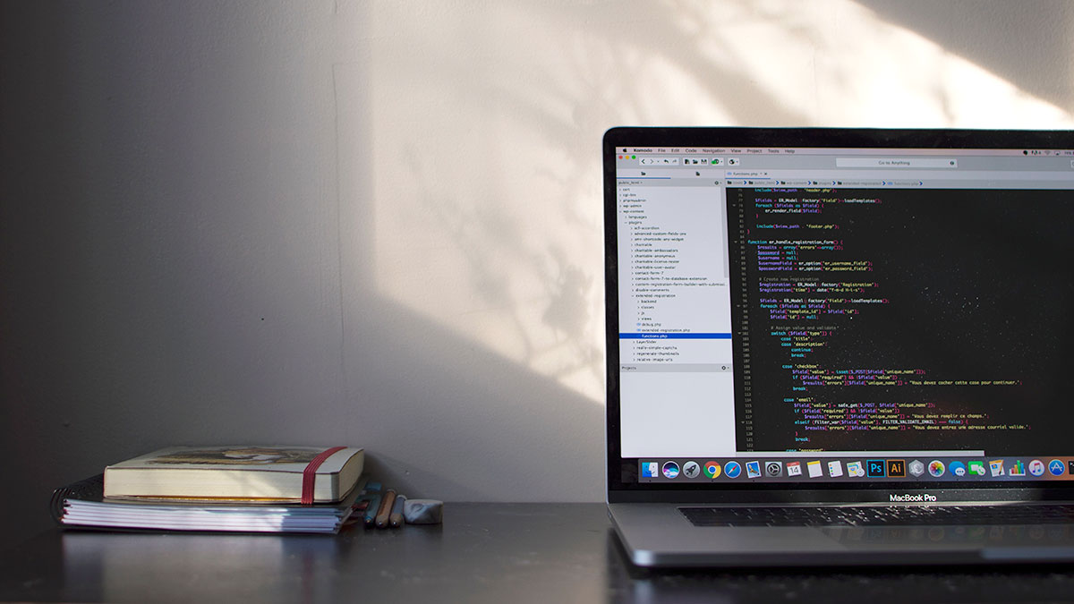 プログラマー転職に有利な資格とスキル
